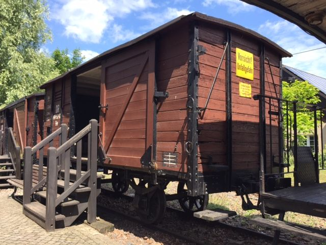 Alter Waggon als Museum Burg